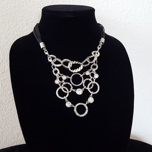 Triplet necklace